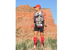 Vicente Juan Garcia Beneito wins Grand to Grand Ultra wearing Lurbel socks